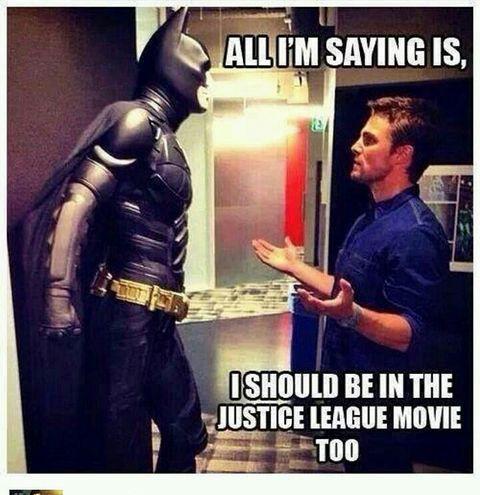 Todo lo que estoy diciendo es que debo estar en la película de la liga de justicia también❤