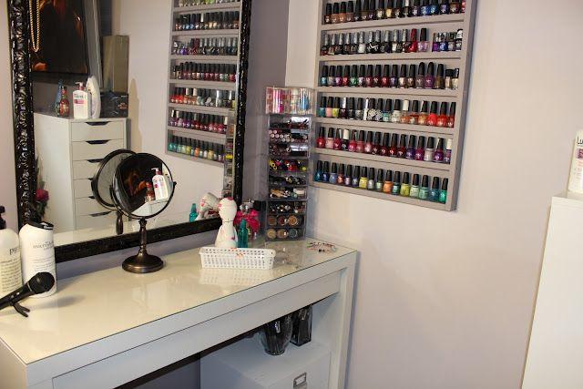 Makeup corner organization
