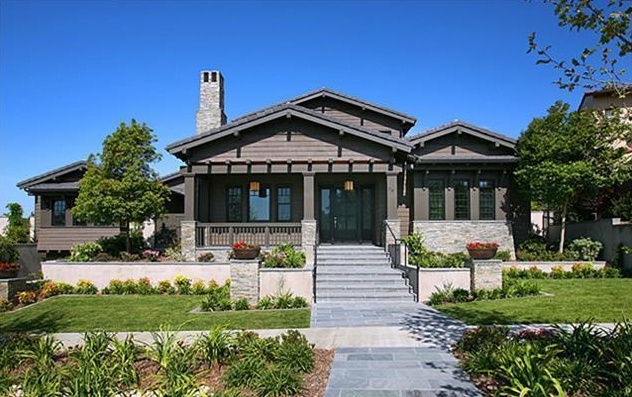 Craftsman style home in Southern California, Love the colorCraftsman Style Home