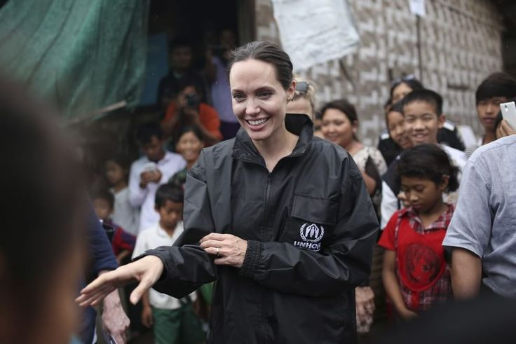 2015/07/30 - Angelina Jolie visit Jam Mai Kaung IDP in Myanmar - 300715 Jam Mai Kaung Jolie Myitkyina 01 - Angelina Jolie Photo