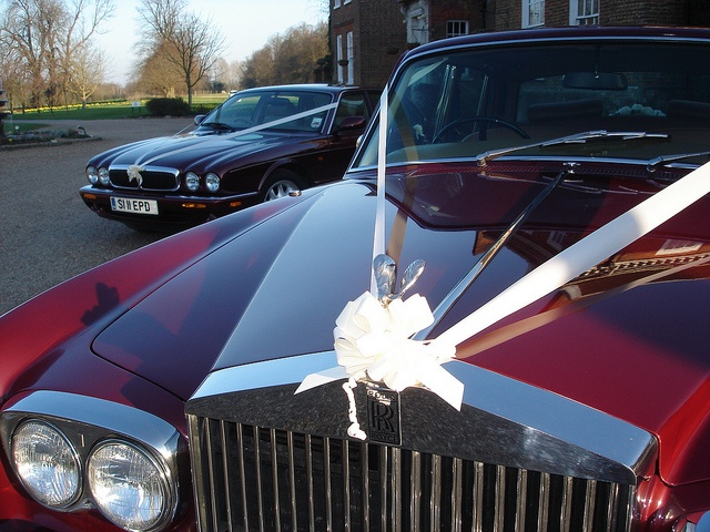 Wedding Car Hire - Chauffeur Driven Rolls Royce and Jaguar    Cavendish Wedding Cars, offers luxury chauffeur driven Rolls Royce and Jaguar wedding cars for hire. Located in Kent between Maidstone and Ashford we are a small, professional, friendly, family run business. Our wedding cars are fully insured and are maintained to the highest standards ensuring that you receive only the very best wedding car hire service for Kent, East Sussex, Surrey and London.    www.cavendishweddingcars.co.uk