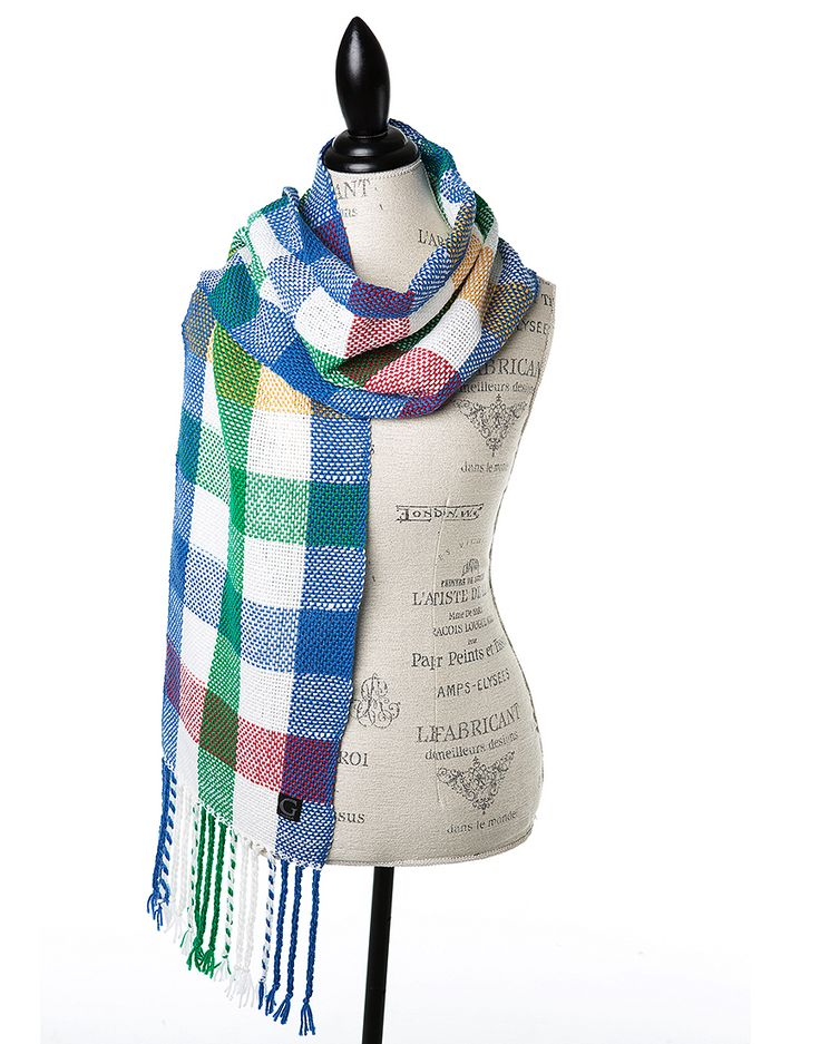 TO CELEBRATE CANADA'S 150TH YEAR in 2017, GŌBLE CREATED THE CANADIANA COLLECTION. GŌBLE Woven Scarves for Women in Canadiana Arctic make a stunning wardrobe accessory, A TRUE FASHION STATEMENT! These hand woven scarves are made of100% soft luxurious Merino Wool HAND WOVEN IN CANADA GOBLE.CA
