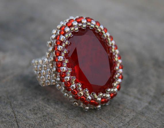 red glass ring ruby glass ring beaded ring SEED BEAD ring  #RedGlass #RedRing #RedRubyRing #SeedBeadRing