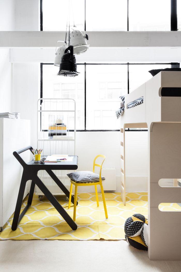 K desk in black from rafa-kids
