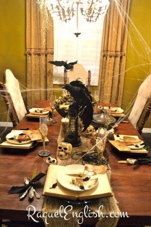 lots of great halloween dining room decorating ideas