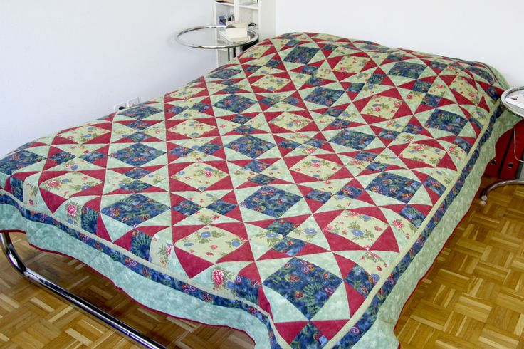 Marvellous Bedspread Quilt, Romantic Bedspread Quilt, Double Bed Cover Quilt, Green Bed Cover Quilt, Cottage Chic Quilt, Farmhouse Bed Cover von SolvejgMayerQuilts auf Etsy