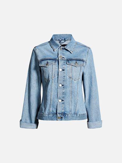 Classic stone wash denim jacket. Regular fit.  Denim