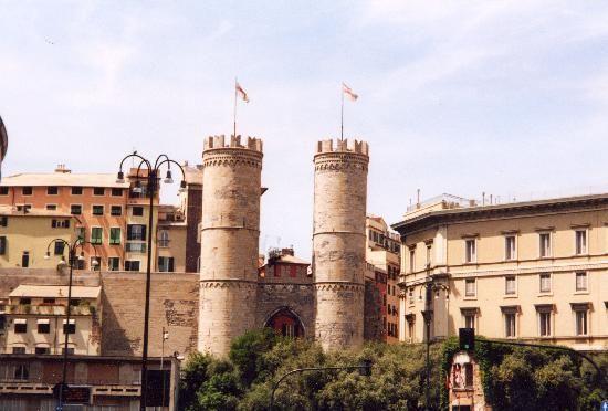 Porta Soprana e casa di Cristoforo Colombo
