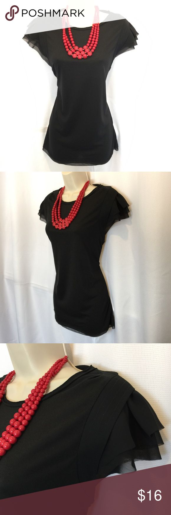 SIMPLY VERA VERA WANG Black Tissue Shoulder Tee Simply Vera Vera Wang black with layered woven polyester detailing on the shoulders.  Super cute and stylish.  Woven polyester layer on bottom hem as well.  Raw edge around collar for an edgy look.  Knit polyester/rayon fabric for a stretchy fit.  28 inches from shoulder to bottom hem.  Never worn and in new condition!! Simply Vera Vera Wang Tops