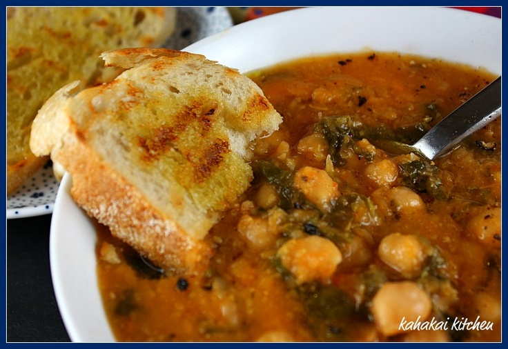 Zuppa di Ceci (Chickpea Soup): Hearty Tuscan Goodness in a Bowl for Souper (Soup, Salad & Sammie) Sundays