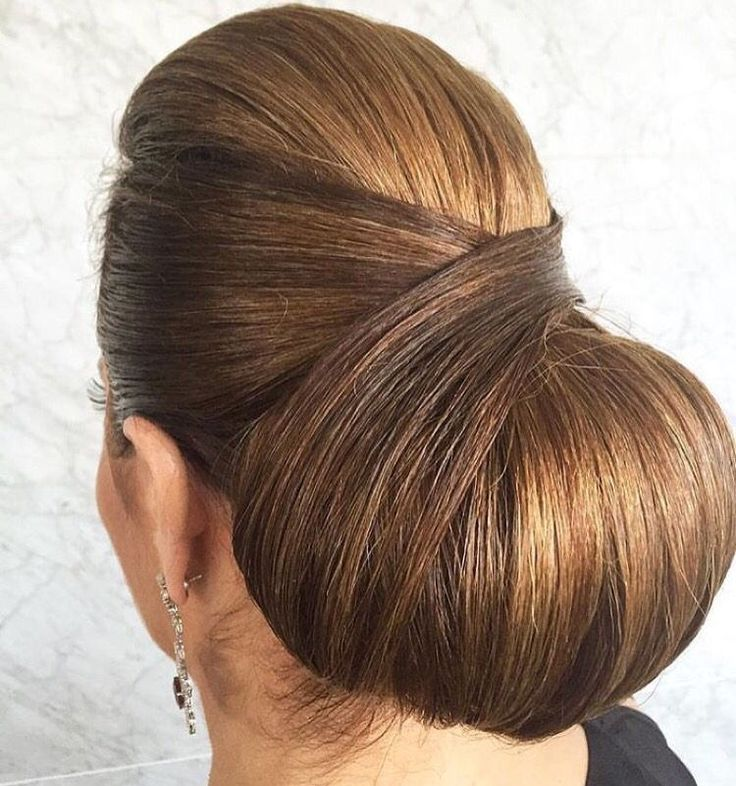 chignon boule bas | Western Low Bun Hairstyles | Pinterest | Low buns and Bun hairstyle