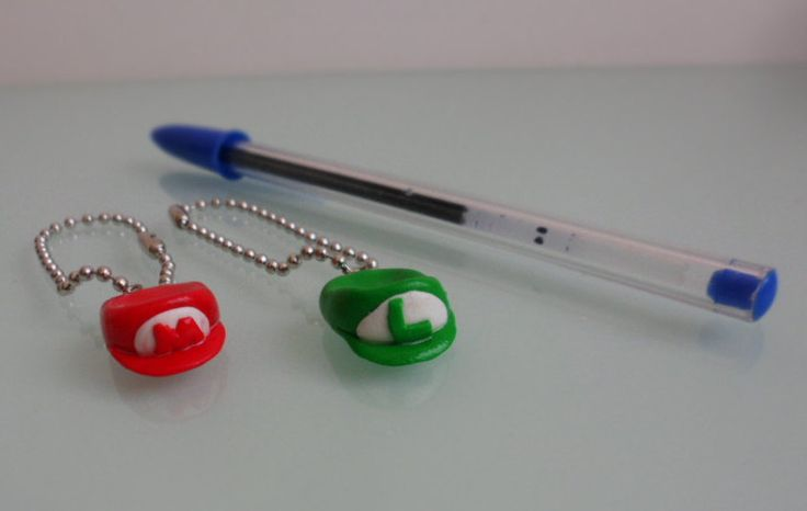 Keychain Cap Super Mário/ Luigi, Polymer clay miniature by TheWonderfulClay on Etsy