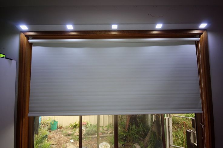 Reading lights in bedroom solar powered with remote control