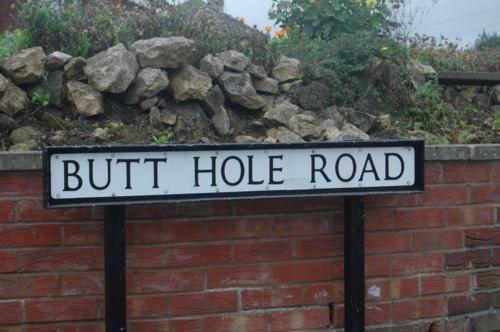 butt hole rd