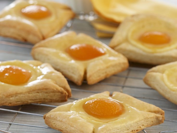 Schnell, einfach, lecker. Aprikosen-Plunder - smarter - Zeit: 1 Std.  | eatsmarter.de