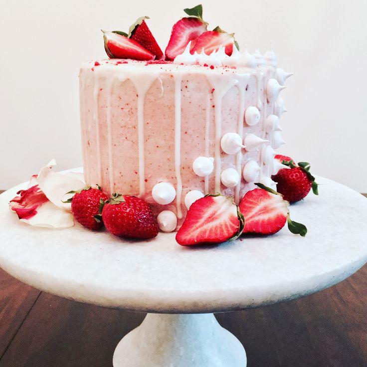 Fresh Fresas Vanilla Bean Cake With Strawberry Buttercream White Chocolate Ganache Meringue