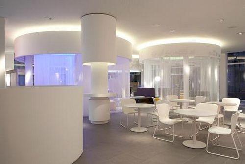 42 best images about interior tiendas on pinterest for Diseno de interiores salas