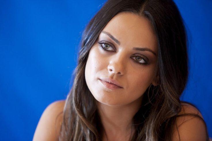 Mila Kunis Age, Height, Bio, Net Worth, Weight, Net Worth Wiki