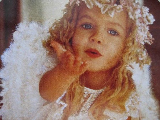 Sweet Angel Blowing a Kiss | ANGELS AMONG US | Pinterest ...