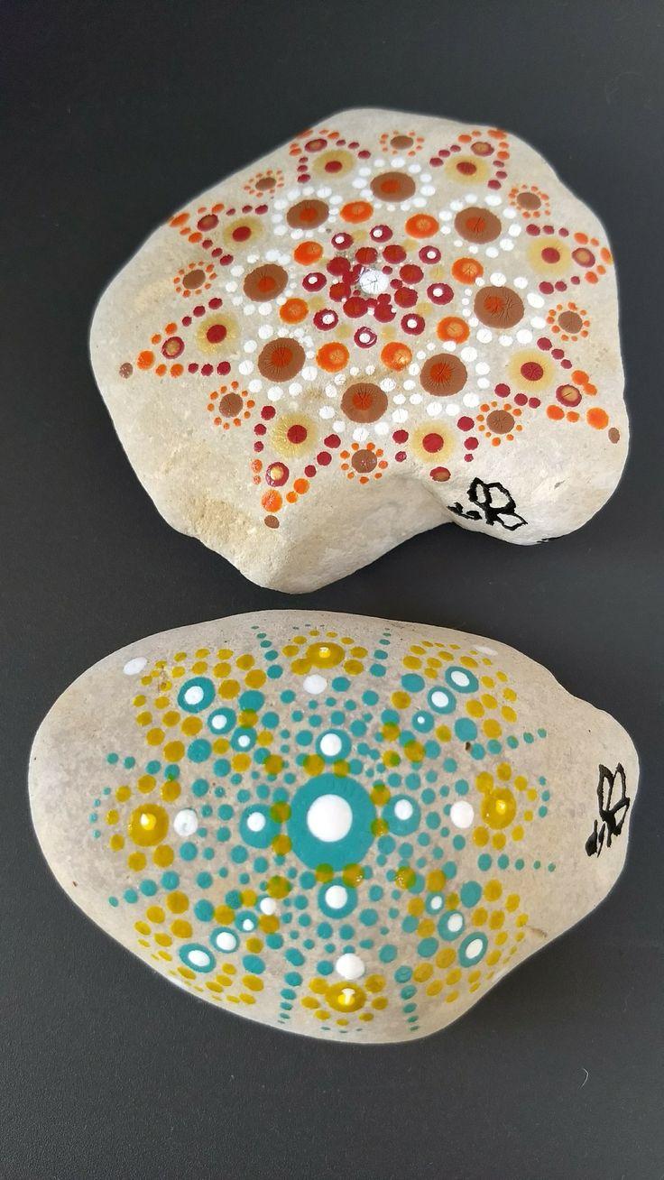 Gestipte stenen uit Kroatië. Made by Ciseaux