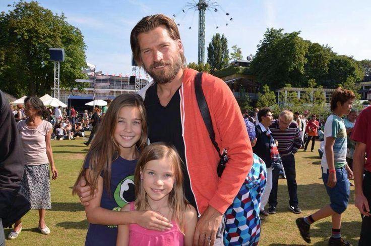 Nik & his beautiful daughters | Nikolaj Coster-Waldau ...