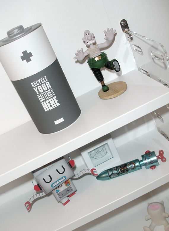 1000 images about diy recycle bins on pinterest. Black Bedroom Furniture Sets. Home Design Ideas