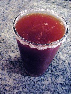 El petróleo, es una bebida que se usa para acompañar tu cerveza, yo lo probé por primera vez en la ciudad de obregon sonora y fue amor a pr...