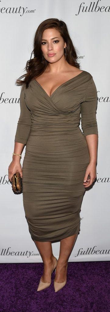 Model Ashley Graham at fullbeauty