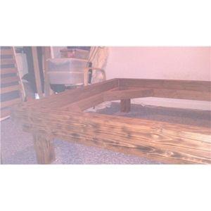 Sengeramme, b: 140 l: 200, Solid seng bygget i tømmer.