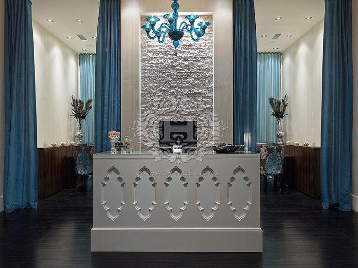 Footique modern nail salon interior designed by habachy for Bar salon design
