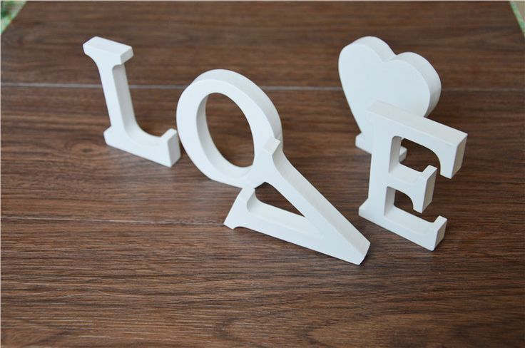 free standing Home Decor Decoration 12 cm Artificial Wood Wooden White Letters Alphabet use for Wedding  Birthday Decoration