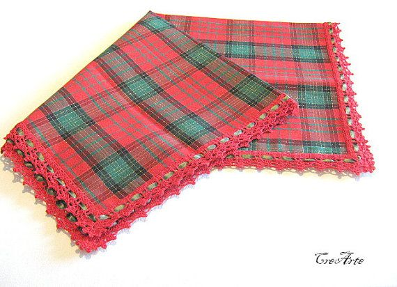 Christmas Tablecloths Red Tablecloth Green by CreArtebyPatty