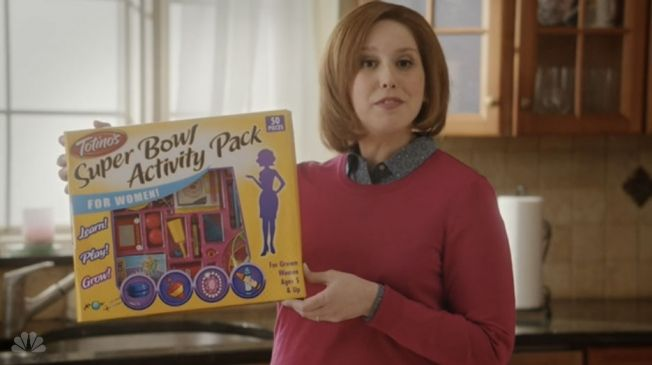 SNL Shows Housewives All the Fun They Could Be Having While Not Watching the Super Bowl   Adweek