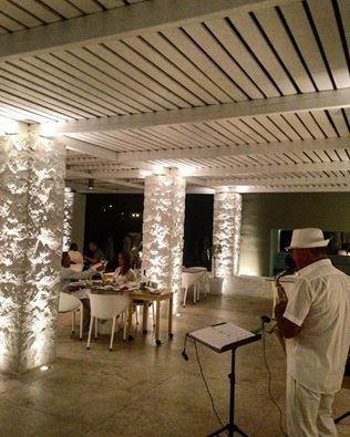 Συνοδεύστε το φαγητό σας με ήχους από smooth jazz για μία γνήσια γαστρονομική εμπειρεία! #apocalypsis #patmosaktis #patmos #restaurant #jazznights www.apocalypsis-patmos.gr