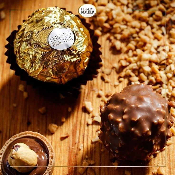 💕 No taste delights me louder than the fabulous taste of a chocolate pralines Ferrero . 💕  Another little tip for all lovers of success: Be sure to delight your taste buds with something that can pin you out of state just in one thought. Why? Because you deserve !!! 💋  #Succes #Ferrero #Chocolate #Pralines #Fabulous #Gold #Black #Ciocolata #Aur #Negru #Faimos #Fabulos #Sweet # Party #Celebrate #Tradition #Elegance #Lux #Cadou #Business #Eleganta #Elegance #Celebrate #Beautiful #Birthday