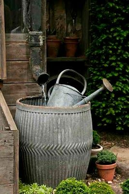 Galvanized rain tub and watering can dolly tub zinc vintage garden. Repinned by www.silver-and-grey.com