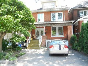 beautiful and large house for rent hamilton ontario image 1