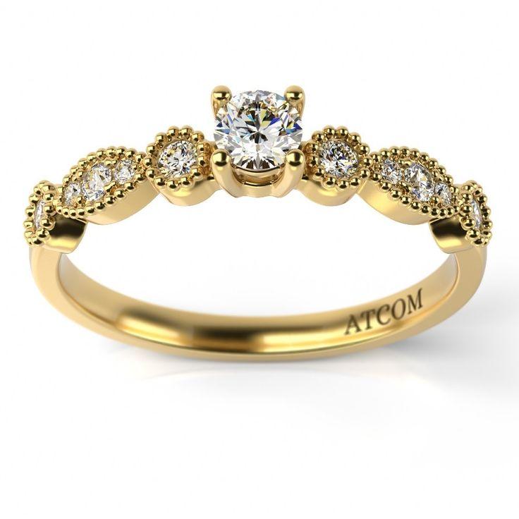 Ofera-i de 8 Martie acest minunat inel de logodna si chiar...adreseaza intrebarea mult asteptata! #8martie #creazaamintiri