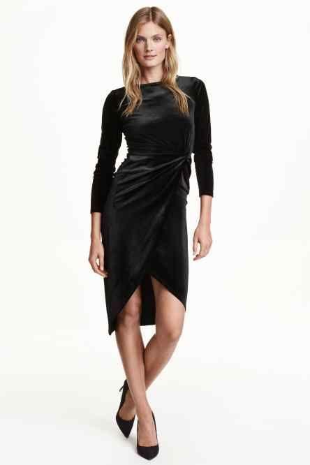 Drapowana sukienka z aksamitu