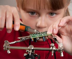 Best DIY electronics and programming kits for kids (Scheduled via TrafficWonker.com)