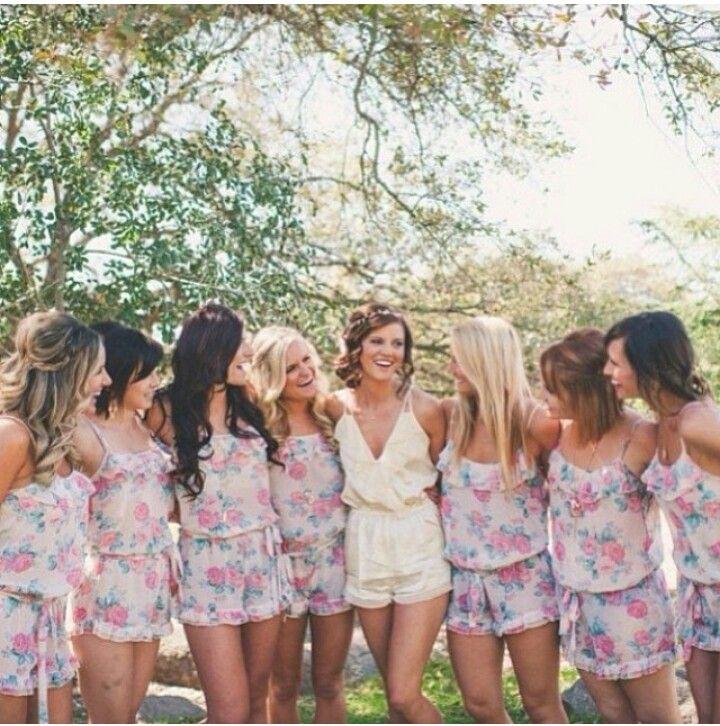 Cute idea for the bride's maids