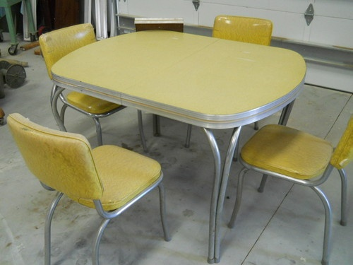 Vintage Falcon Dinette Set 1950s Made in Texas | eBay Looks just like my grandma's set: Grandma Sets,  Boards, Retro Dinette, Vintage Kitchens, Falcons Dinette, Vintage Wardrobe, Sets 1950S, Dinette Sets, Formica Dinette