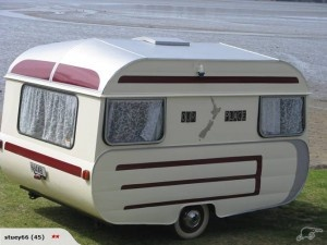 Oh how we adore caravans! NZ summer holiday fun in the sun.