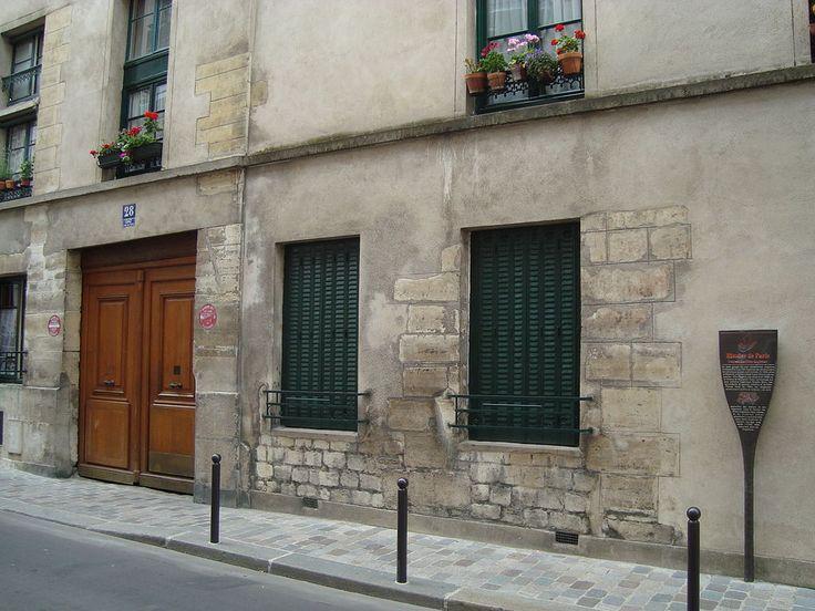 Paris 13e - Entrée du Couvent-des-Filles-Anglaises, fondé en 1664, auj.disparu - 28 rue des Tanneries .
