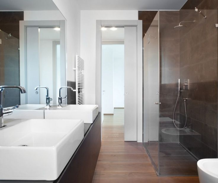 Make more of the usable space in your #bathroom with an Eclisse #pocketdoor system.