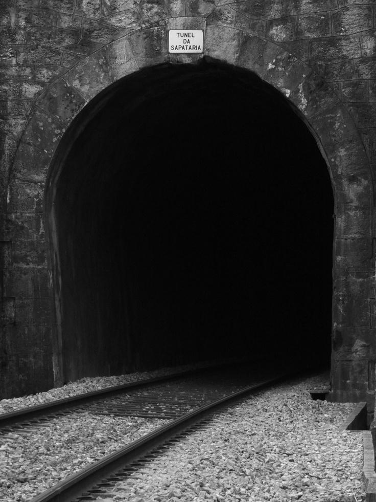 Entrada do túnel ferroviário, Sapataria, Sobral de Monte Agraço, Autor: Nelson Gaspar