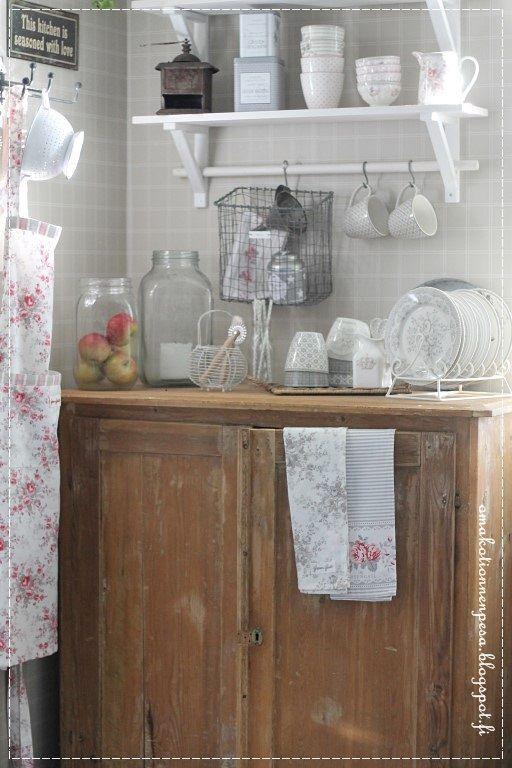 Greengate sophie vintage esiliina, Greengate astiat, maalaisromanttinen keittiö, keittiön sisustus