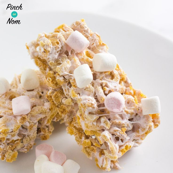 These low syn marshmallow bars were created by Michelle from our Facebook group! So easy and simple to make, they're the perfect Slimming World treat!