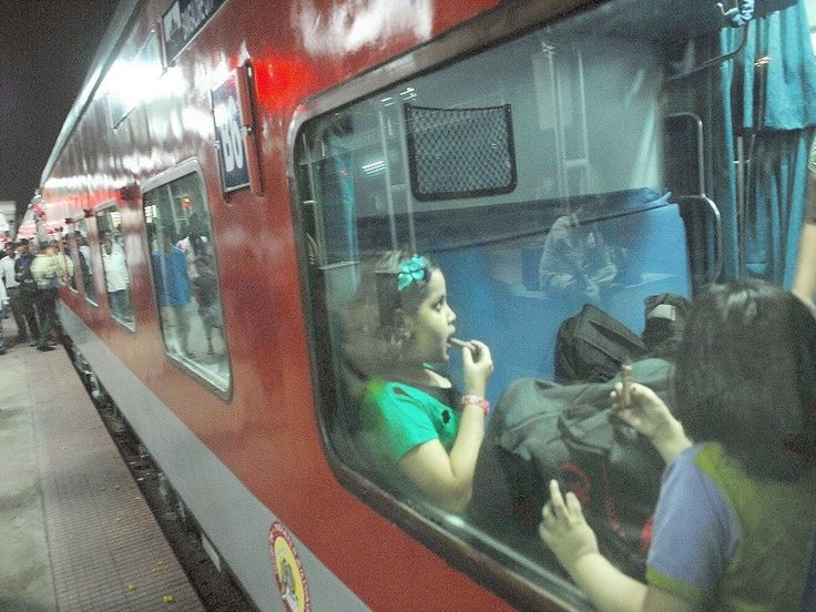 Railways introduces new Special Rajdhani Express between Delhi and Mumbai - Times of India #757Live