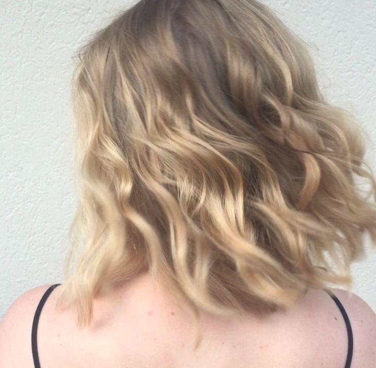 Natural blonde hair by Mia Doak